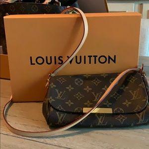 Louis Vuitton Favorite PM MNG